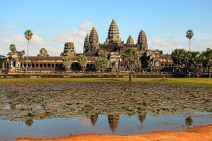 angkor wat aeroport cambodge  300x200 photo