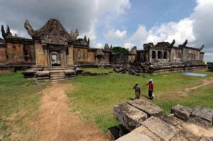 Preah Vihear Temple 300x199 photo