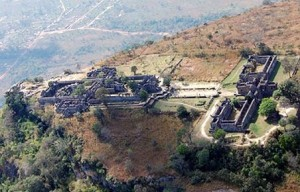 Preah Vihear Cambodge Thailande 300x192 photo