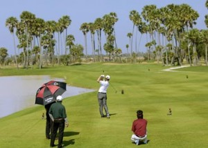 golf cambodge 300x214 photo